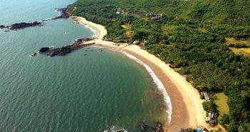 Gokarna Om-beach