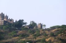 Bhuleshwar Temple on Daulat-Mangal Fort - Pune