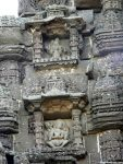 Niche Temples on the side walls