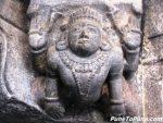 Gandharvas lifting the Pillar